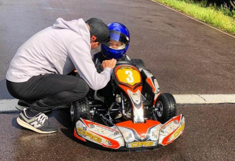 Vídeo Primera Experiencia Del Hijo De Räikkönen En Un Kart