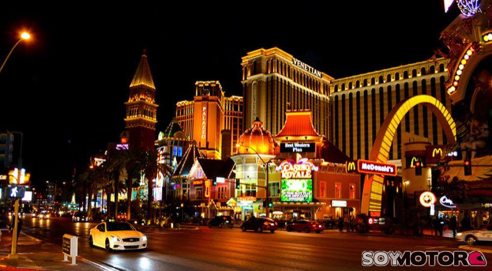 Liberty media piensa en una carrera nocturna en las vegas for Mega motors las vegas