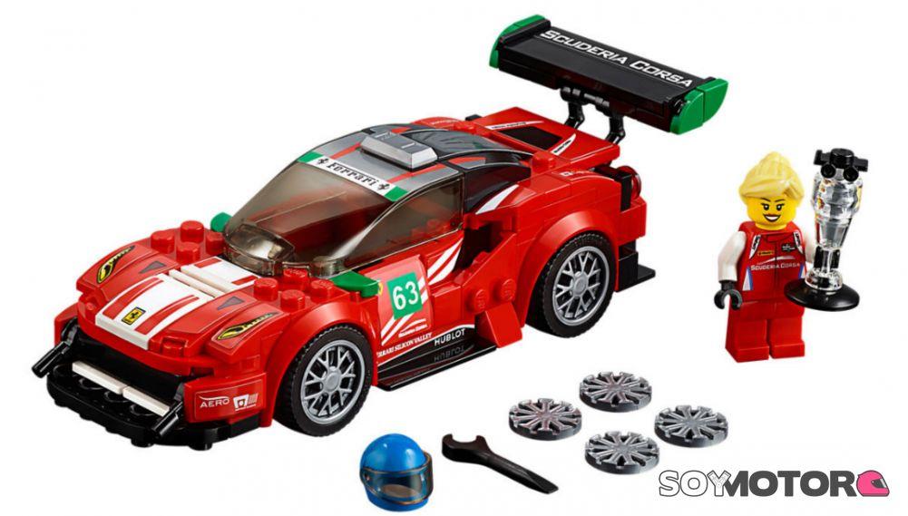 Lego ¡con El Lanza Ferrari 488 Gt3 Interior Christina Nielsen Un En qSzMGVLUp