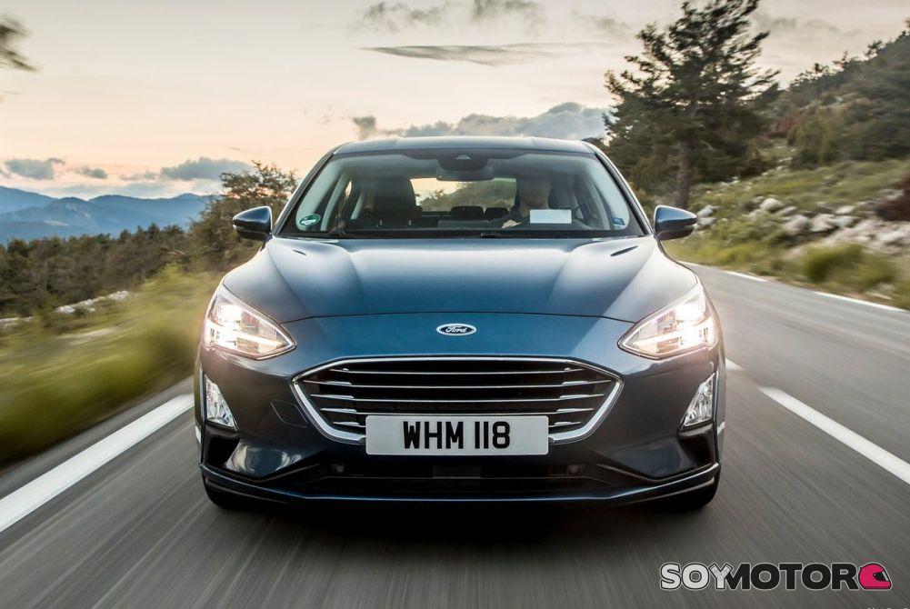 Ford presenta el sistema de Alerta de Dirección Contraria