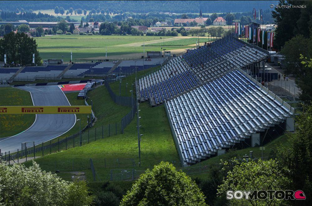 Fórmula 1: Hamilton dominó el primer entrenamiento en Austria