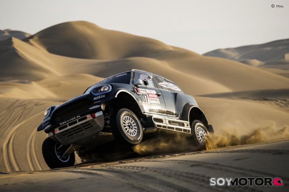 De Soultrait vence en quinta etapa del Dakar en motos