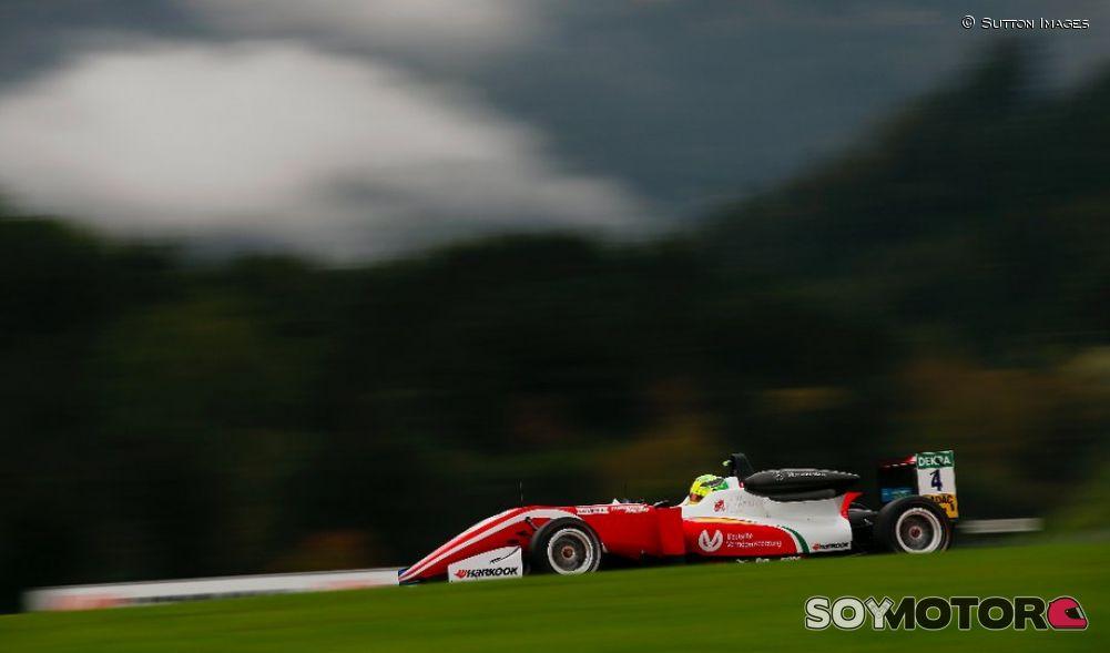 El hijo de Schumacher ya es campeón de Europa de F3