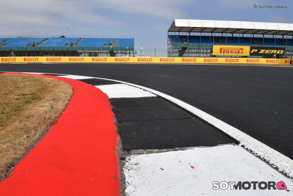 Circuito Silverstone : Guia do circuito do gp da grã bretanha