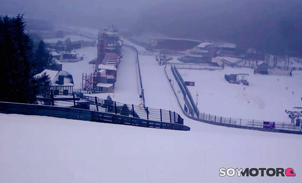 Circuito Spa : El invierno se adelanta en spa: el circuito cubierto de nieve