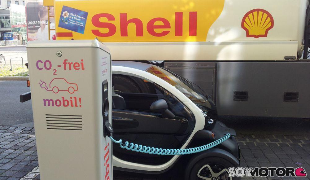 Resultado de imagen para punto de recarga electrico de shell