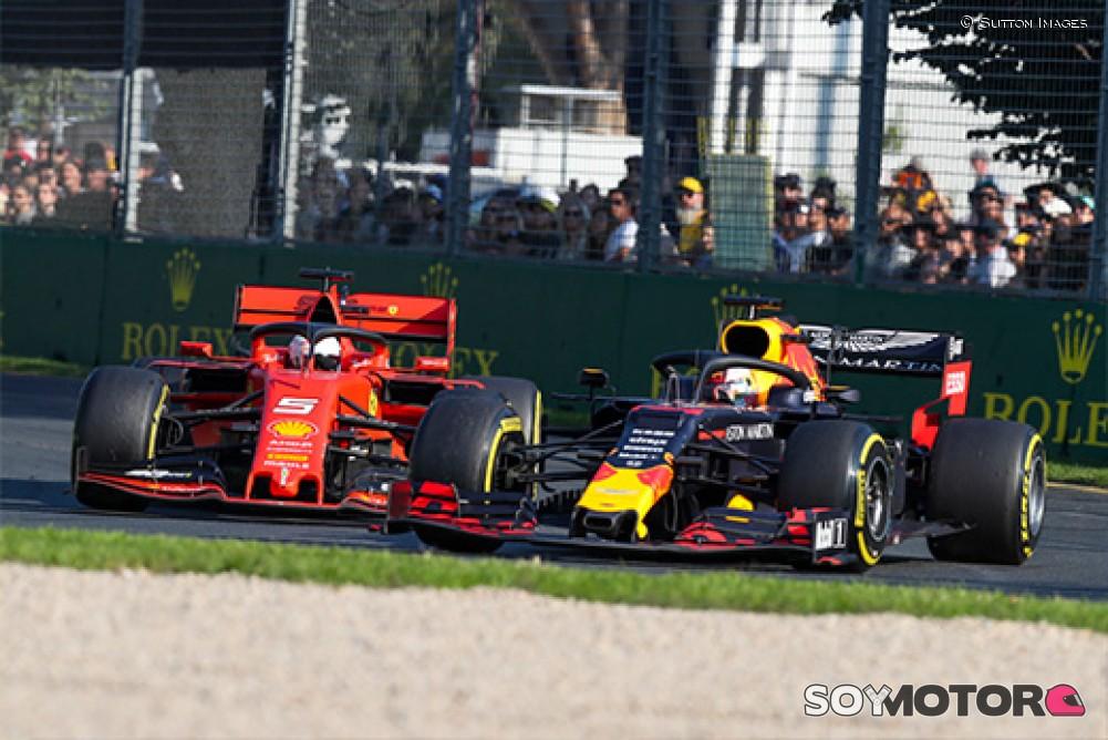 Verstappen renueva su contrato con Red Bull