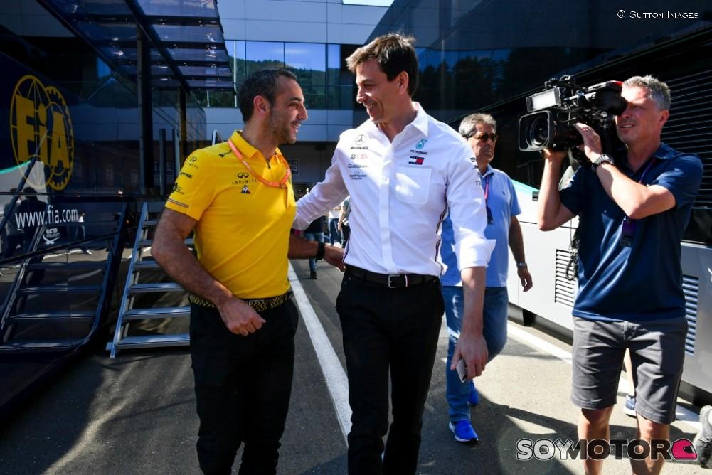 Esteban Gutiérrez fue nombrado piloto reserva de Mercedes para F1