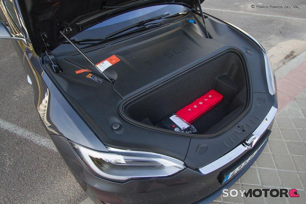Maletero delantero Tesla Model S P100D