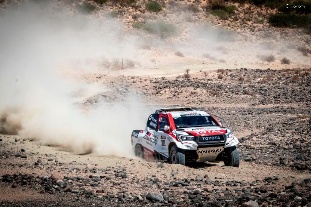 Alonso, en su test privado con el Toyota del Dakar en Sudáfrica - SoyMotor.com