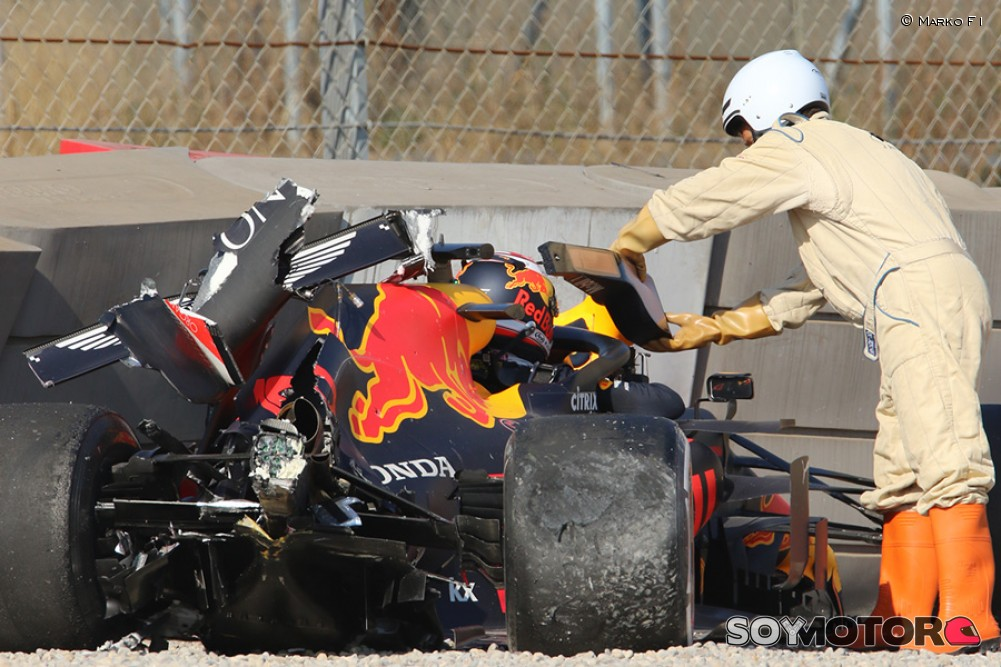https://soymotor.com/sites/default/files/styles/mega/public/node_gallery/gasly-accidente-test-pretemporada-2019-1-soymotor.jpg?itok=j5hUNtPX