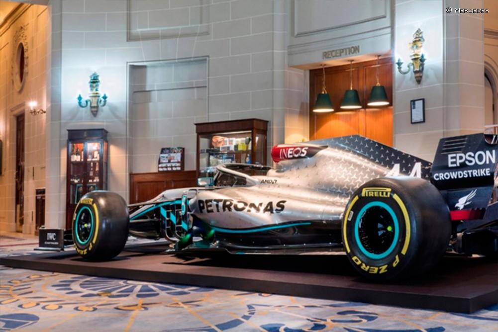 La decoración del Mercedes W11 - SoyMotor.com
