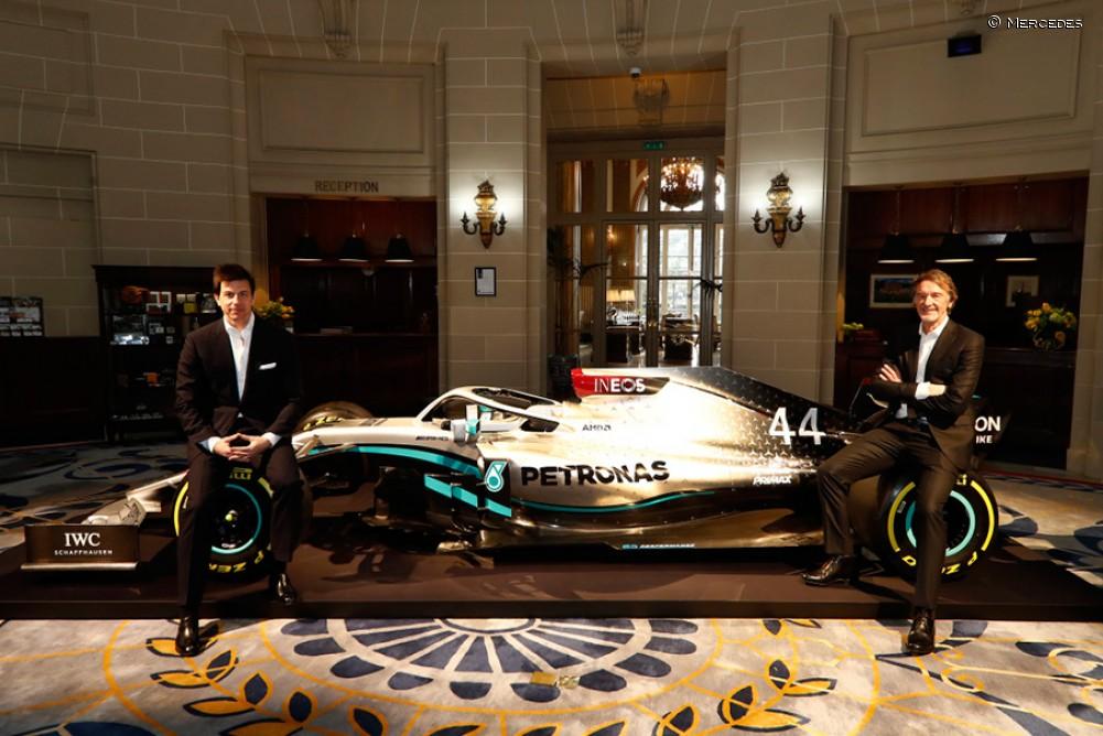La nueva decoración de Mercedes para 2020 - SoyMotor.com