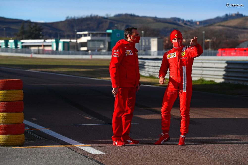 Sainz en su debut con Ferrari en Fiorano - SoyMotor.com