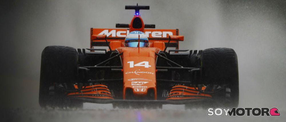 Alonso, bajo la lluvia en el tramo final de los Libres 2 en Spa - SoyMotor.com