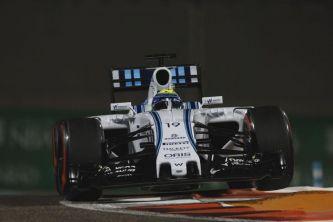 Por las normativas sobre el alcohol de Abu Dabi, Williams ha perdido el color rojo de su monoplaza - LaF1