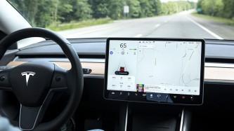 Tesla denuncia que un exempleado descargó el código fuente del autopilot – SoyMotor.com