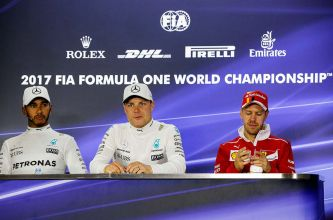Lewis Hamilton, Valtteri Bottas y Sebastian Vettel en Yas Marina - SoyMotor.com