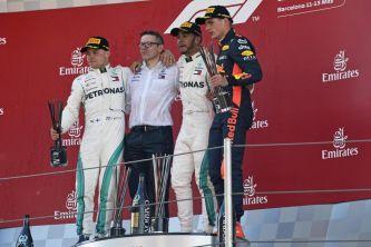 De izq. a der.: Valtteri Bottas, Lewis Hamilton y Max Verstappen –SoyMotor.com