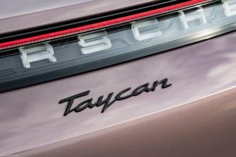 Porsche Taycan: ¿tres nuevas versiones en camino? - SoyMotor.com