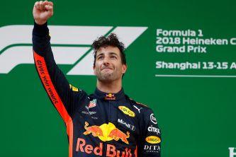 Daniel Ricciardo en el podio de China - SoyMotor