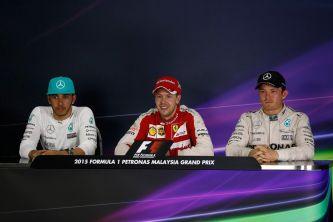 Lewis Hamilton, Sebastian Vettel y Nico Rosberg en la rueda de prensa de la FIA - LaF1