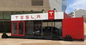 Tesla aterriza en la Península con una tienda itinerante en Oporto - SoyMotor.com