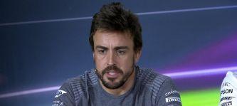 """Alonso bromea en rueda de prensa: """"Deseo motores iguales para todos"""""""