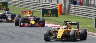 Ricciardo y Magnussen, elegidos para usar el nuevo motor Renault