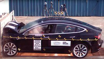 El Tesla Model 3 se cubre de estrellas en sus crash test