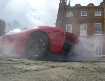 El Ferrari LaFerrari aprovecha los 963 caballos de sus sistema de propulsión híbrido - SoyMotor