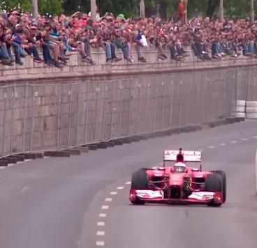 Exhibición de Kimi Räikkönen por las calles de Budapest - LaF1