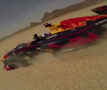 Todo por la ciencia: ¿Qué pasa si lanzas una GoPro desde un F1? - LaF1