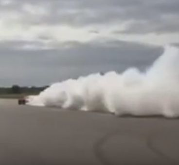 Aprende a quemar rueda con el Koenigsegg Regera - SoyMotor