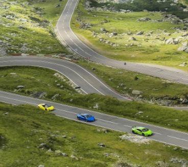 Seis Lamborghini hacen suyo Transfaragasan - SoyMotor.com