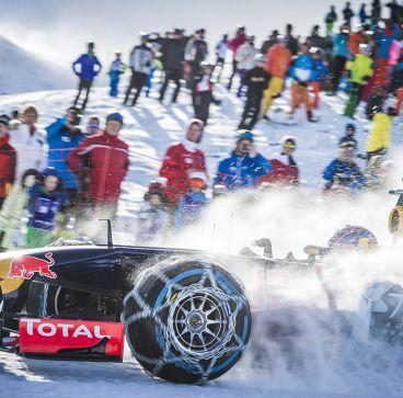 Verstappen y Red Bull doman la nieve en los Alpes Austríacos