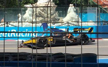 Accidente en la primera carrera de coches autónomos Roborace - SoyMotor.com