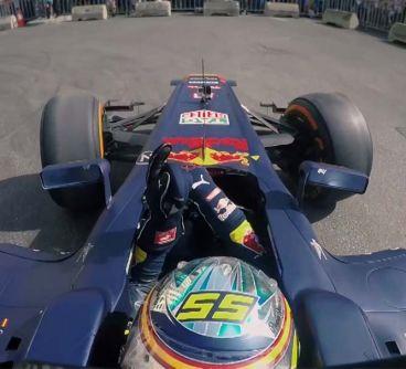 La exhibición de Carlos Sainz y Red Bull en el Líbano, en vídeo - LaF1