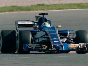 VIDEO: El C36 de Sauber ya rueda en el Circuit de Barcelona - SoyMotor