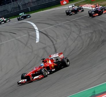 Fernando Alonso y su F138 en Alemania - LaF1