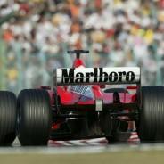 Schumacher durante la temporada 2002 - SoyMotor.com