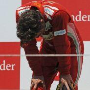Fernando Alonso en el podio de Valencia 2012 - LaF1
