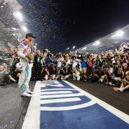 Lewis Hamilton, pletórico en Abu Dabi - LaF1