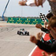 Hamilton logró su victoria número 50 en la Fórmula 1 - LaF1