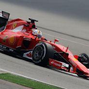 Sebastian Vettel con el SF15-T - LaF1