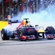 Sebastian Vettel en el GP de Brasil de 2013, la última carrera de la era V8 - LaF1