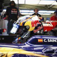 Carlos Sainz, piloto oficial de Toro Rosso en 2015 - LaF1.es