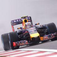 Daniel Ricciardo en la lluvia de Shanghái - LaF1