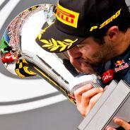 Daniel Ricciardo en el podio de Hungría - LAF1