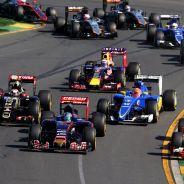 Carlos Sainz ha luchado de tú a tú con veteranos de la talla de Kimi Räikkönen en la salida - LaF1